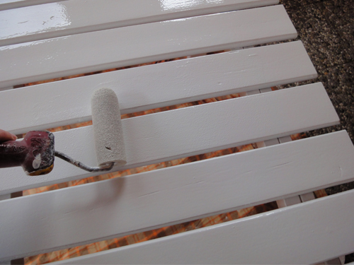 Restaurierung_Teil_3_Decklack_Tischplatte_oben_Rolle