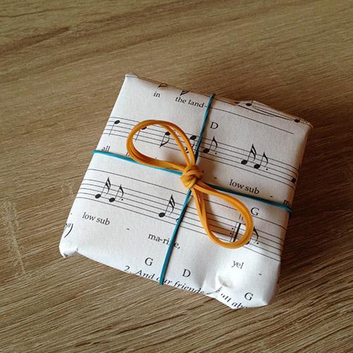 Alternatives-Geschenkpapier-14